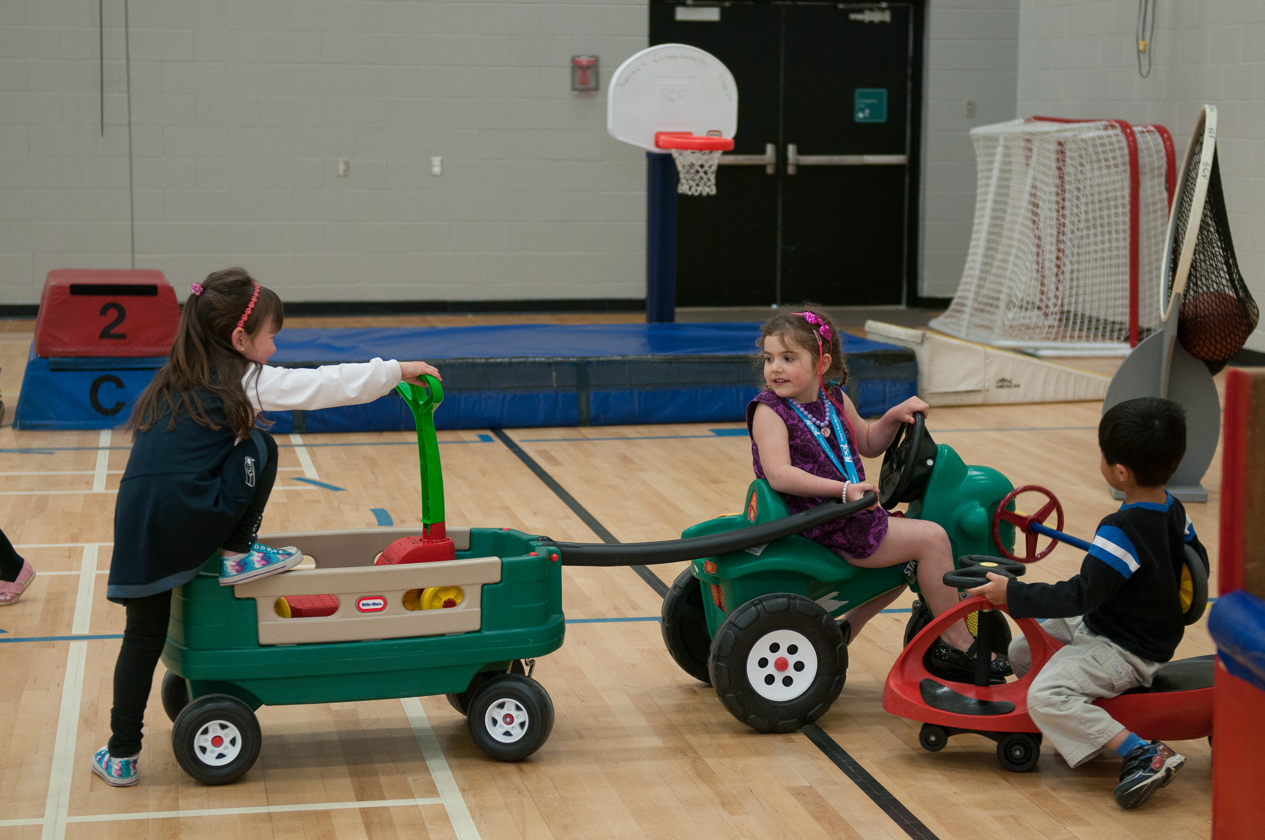 photo of children playing in gymnasium
