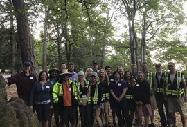 Panoramic picture of 2018 Park Ambassador volunteers in Mount Douglas Park
